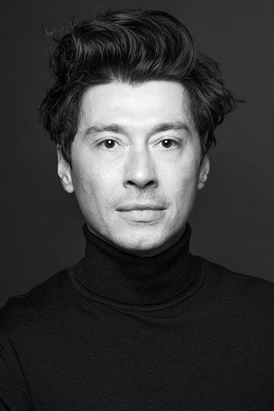 François C.