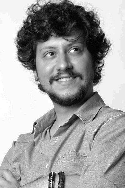 Mauricio A.
