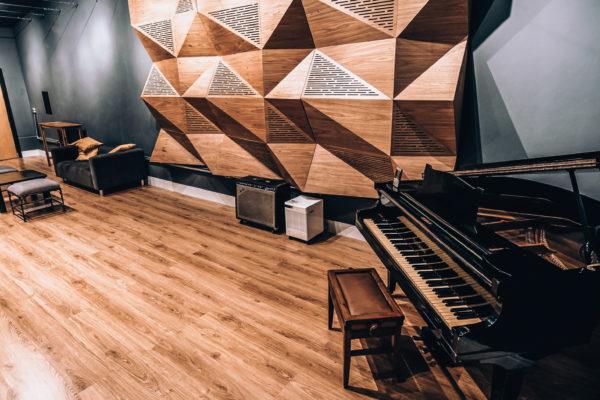 2019.05 - Studio-8-2