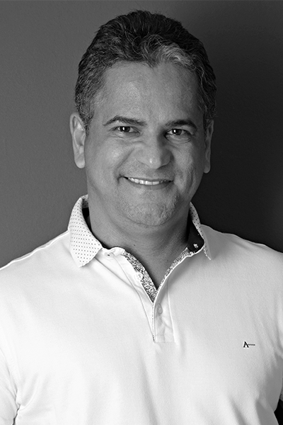 André A.
